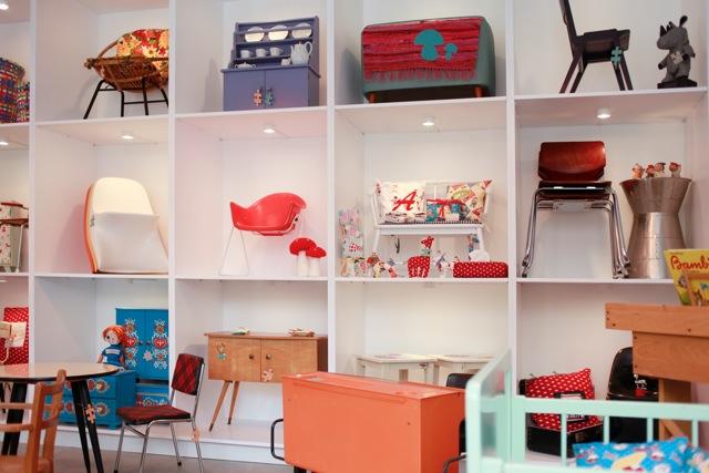 laden die kleinrichtung vintage design for kids in m nchen. Black Bedroom Furniture Sets. Home Design Ideas